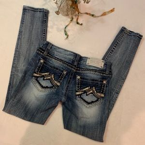 🦋 Miss Me Ankle Cropped jeans, medium light wash